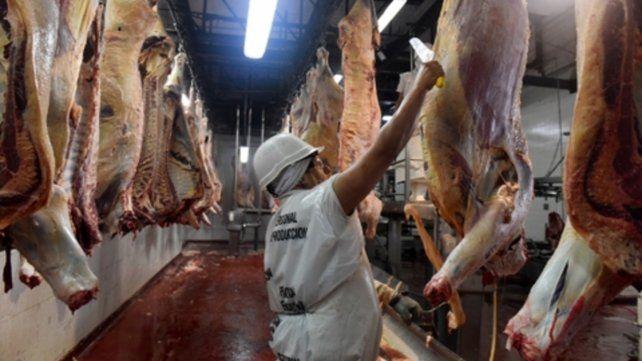 Carne. El gobierno dispuso restricciones a las exportaciones.