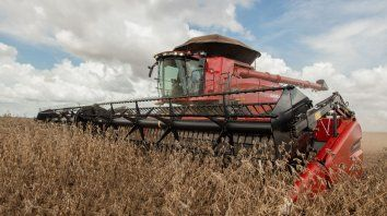 Case IH presentó la renovación de su línea de cosechadoras, producidas en el país.