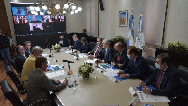 El ministro Julián Domínguez se reunió el martes con gobernadores