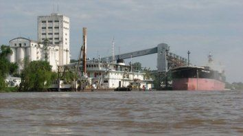 Inversiones. El gobierno entrerriano presentó ante el Consejo de Hidrovía una propuesta para incluir en la nueva concesión inversiones para los puertos de la provincia.