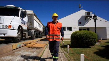 """""""Queremos revolucionar la logística de fertilizantes en Argentina y optamos por Muvin con esta visión, señaló Mario Suffriti, gerente comercial de Profertil."""