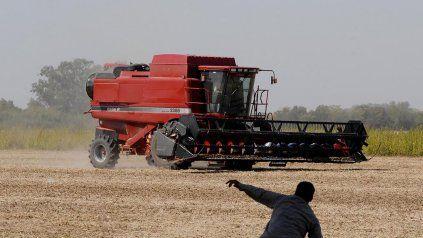 La cosecha de soja, que venía atrasada, recuperó algo de ritmo en la región.