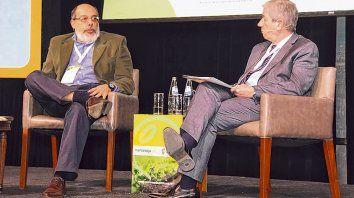 mercosoja. El consultor Ricardo Passero junto con el director institucional de la Bolsa, Mario Accoroni.
