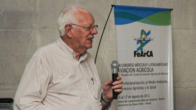 El Ing. Agr. Alberto Etiennot desarrolló una intensa actividad educativa a lo largo de más de 40 años.